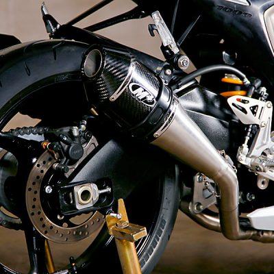 09-GSXR-dualSS-carbon-3QR-detail