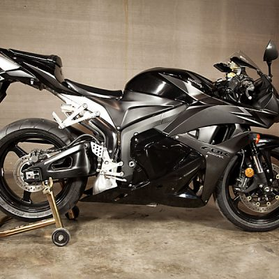 2012-CBR-600-STD-Carbon