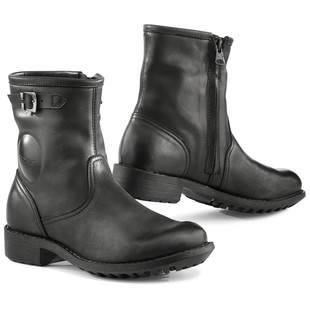 tcx_biker_wp_womens_boots_black_detail